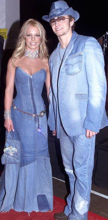 rs_500x1024-160108075340-634.britney-spears-justin-timberlake-double-denim.jl_.010816